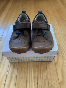 Clark's toddler boy shoes size 6.5