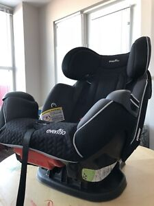 Car seat ( evenflo ) excellent condition