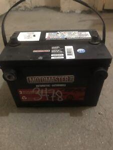 Motomaster battery