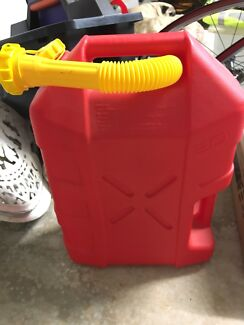 Jerry can 20L, oil tray,  & funnel package