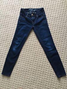 Women's Size 00 American Eagle Skinny Jeans