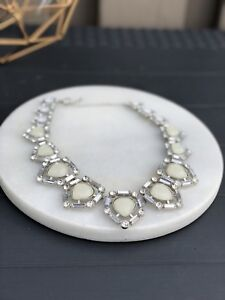 WHITE BLING STATEMENT NECKLACE