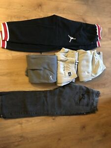 2Xl sweatpants, 3xl t shirts and size 42 jeans (15 items)