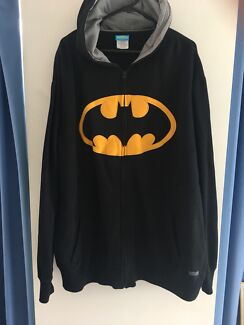 BATMAN Hoodie from Movieworld *Brand New *Size 4XL