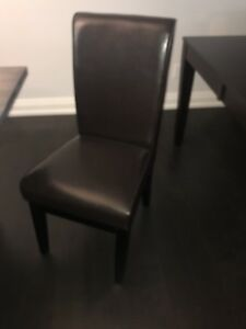 6 brown leather dining chairs - 200
