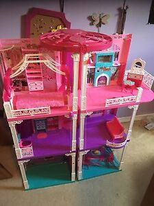 Barbie dream house with elevator and doorbell