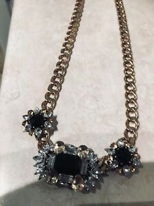 Stunning statement necklace