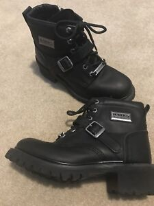 Bates motorcycle boots - women's 8 - 8.5