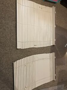 9 white mini blinds (wood)