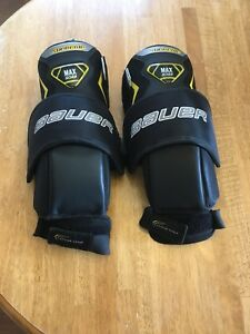 Goalie knee guards Bauer Supreme