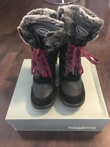 Brand new black Aquatherm Santana Canada winter boots size 7