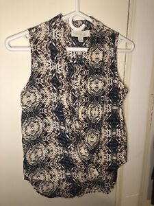 Assorted women's tops size xs small