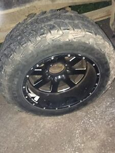 35/12.5/20  ( 8 bolt ) rims and tires for sale or trade