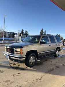 1998 GMC Yukon SLT 4x4 LOW KM!