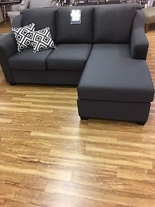 Sofa bed w/ Chaise