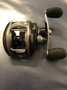 Fishing reel