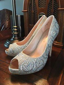 Gold & Glitz Wedding Shoes Size 9.5