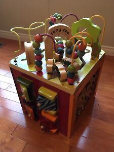 Zany Zoo wooden play cube