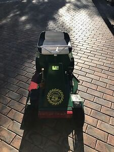Cox Ride on Mower 500 Ono Calamvale Brisbane South West Preview