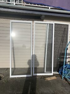 Windows and 1 door for sell