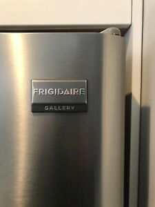 "Frigidaire 30"" 18 Cu. Ft. Stainless with ice maker"