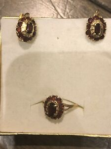 Genuine Garnets 18 K real gold ring and pendant