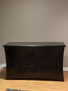 Solid wood convertible crib and dresser