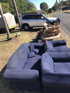 Free 5 seater lounge