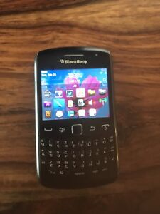 Blackberry Curve 9360, unlocked and in very good conditon