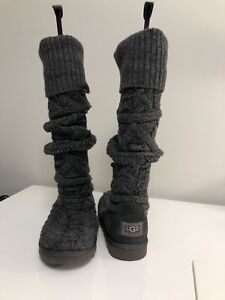 UGG KNIT GREY BOOTS SIZE 7