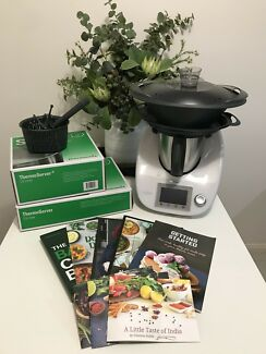 TM5 Thermomix as new June 2017 model with accessories