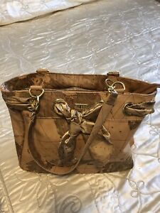 EUROPEAN LEATHER PURSE