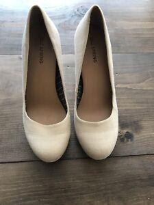 Women's shoes!