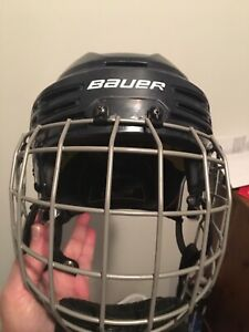 Casque d'hockey