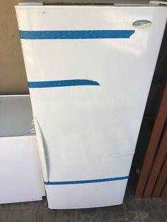 Westinghouse freestyle fridge.