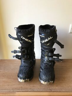Youth size 3 oneal rider mx boots. Perfect condition