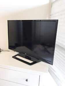 42 inch lg flat screen smart tv