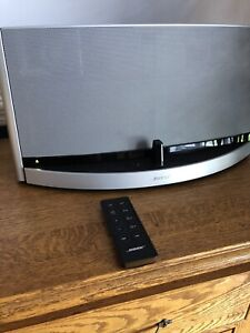 Bose Sounddock 10   Kijiji - Buy, Sell & Save with Canada's