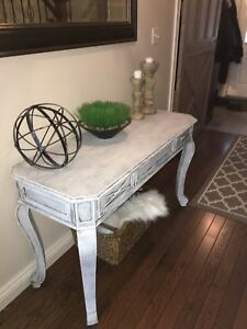 HALL/SOFA/ENTRY TABLE