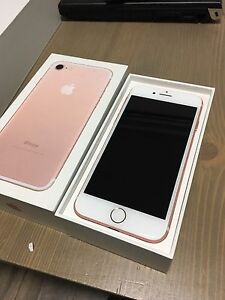 iPhone 7 32gb - black or rose gold-bell/Virgin