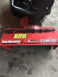 """5.5 hp 22"""" Yard Machine snowblower"""