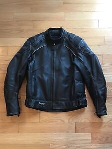 Triumph motorcylcle leather coat 46/56 like new (jacket)