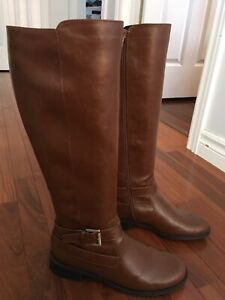 Brown Wide Width Boots Size 8