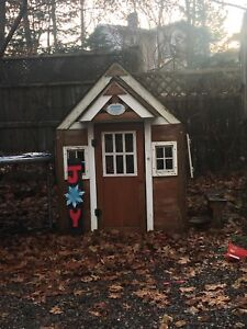 Play house wooden