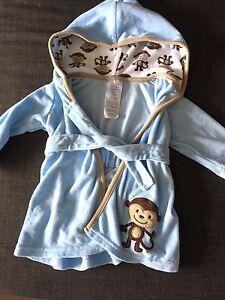 Infant bathrobe