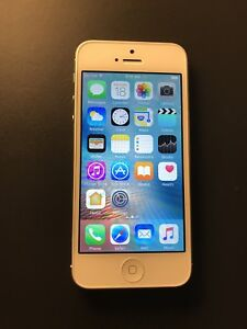 iPhone 5 - white, Unlocked, 9/10 condition