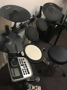 Alesis Dm-8 Electronic Drum Kit