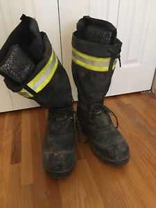 Protective thermal men's boots