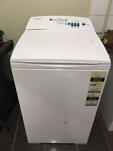 Fisher and paykel 5.5kg washer Reservoir Darebin Area Preview