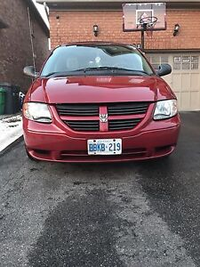 2007 Dodge Caravan LOW KMS!
